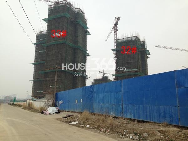 龙湖龙誉城32#、33#楼工程进度图(2015.3)