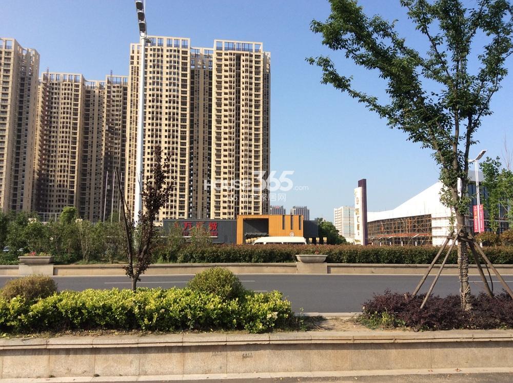 东方万汇城实景图(5.20)