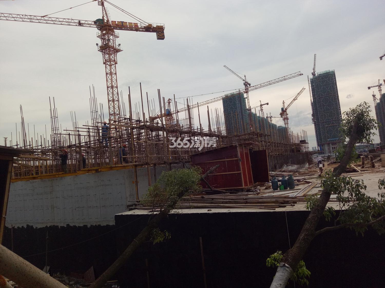 2017年7月底荣安翡翠半岛工地实景